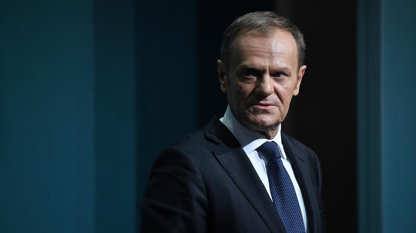 "Donald Tusk: EU-Ratspräsident warnt vor ""Katastrophe"" bei hartem Brexit"