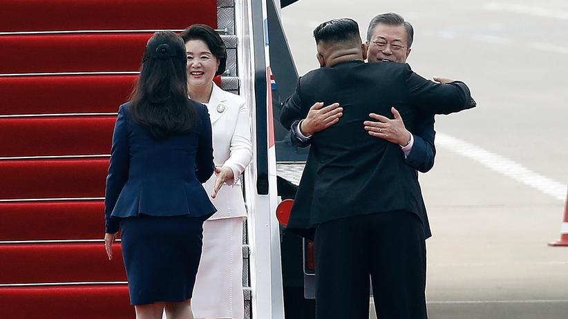 Nordkorea: Kim Jong Un begrüßt Südkoreas Staatschef Moon Jae In in Pjöngjang