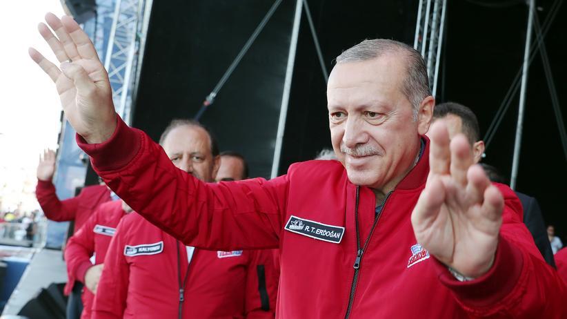 Recep Tayyip Erdoğan : Wird er jetzt etwa nett?