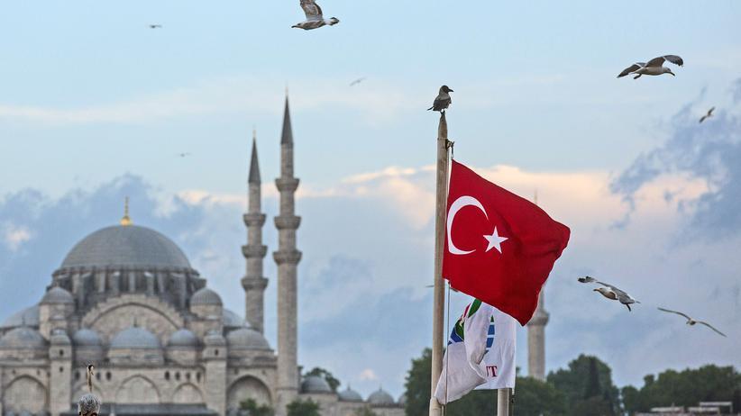 Auswärtiges Amt: Die türkische Justiz hat einen aus politischen Gründen inhaftierten Deutschen freigelassen. Insgesamt werden nun noch sechs deutsche Staatsbürger festgehalten.