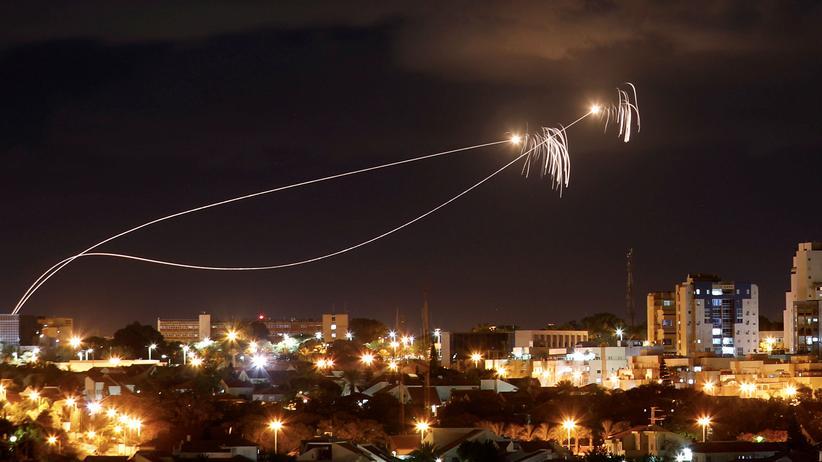 Gazastreifen: Israel schießt nach Raketenangriff zurück