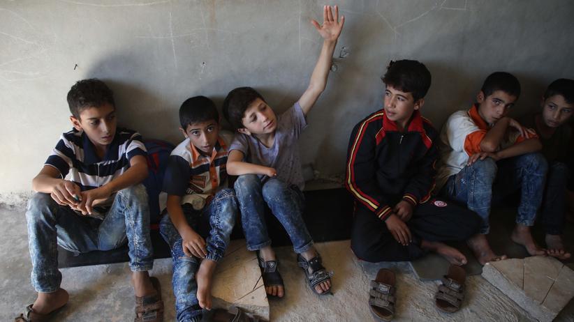 Syrien: Kinder in einem Dorf in der Provinz Aleppo