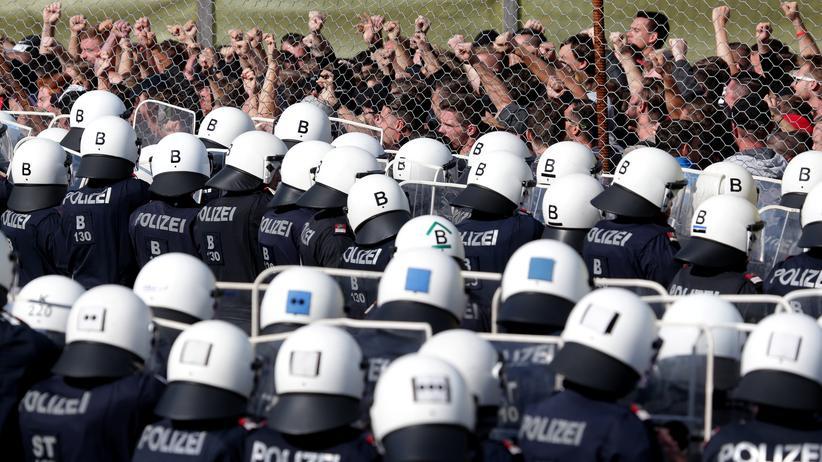 Sebastian Kurz: Österreich zieht sich aus UN-Migrationspakt zurück