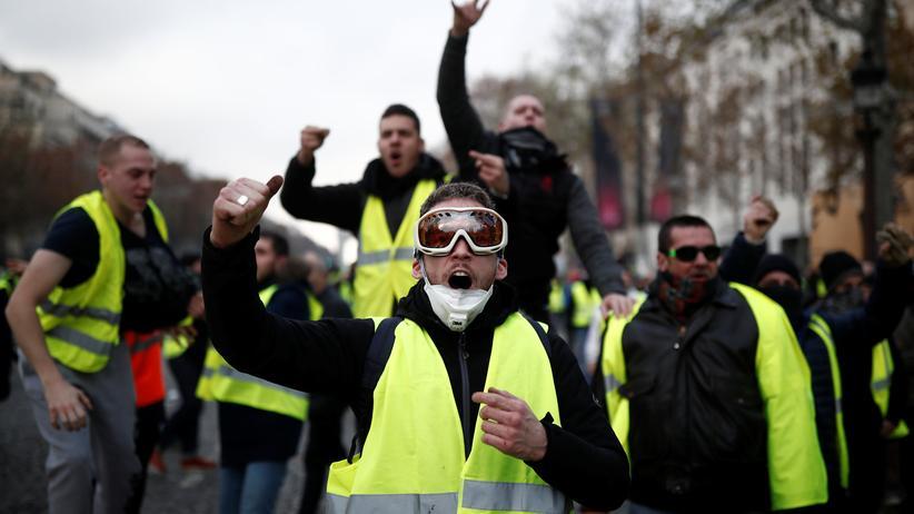 Gelbe Westen: Schwere Ausschreitungen bei Protest in Paris