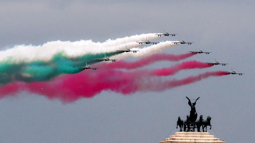 Haushaltsstreit: EU-Kommission empfiehlt Defizitverfahren gegen Italien