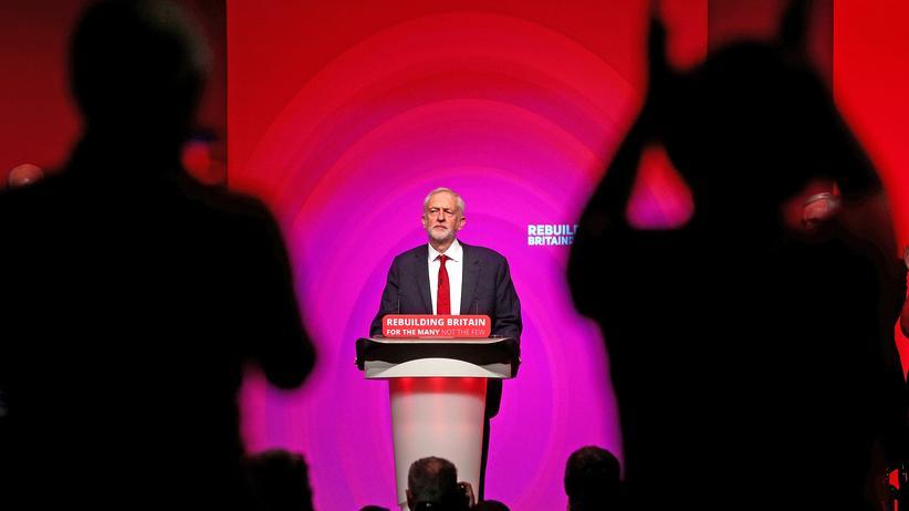 Scotland Yard: Labour-Chef Jeremy Corbyn wird vorgeworfen, Antisemitismus in der Partei zu tolerieren.
