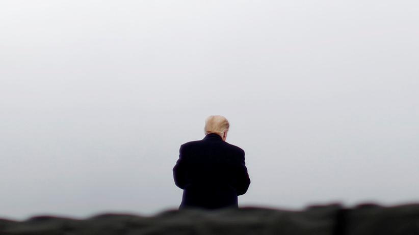 Donald Trump: Mit dem Wahlvideo warnt US-Präsident Trump vor kriminellen Migranten.