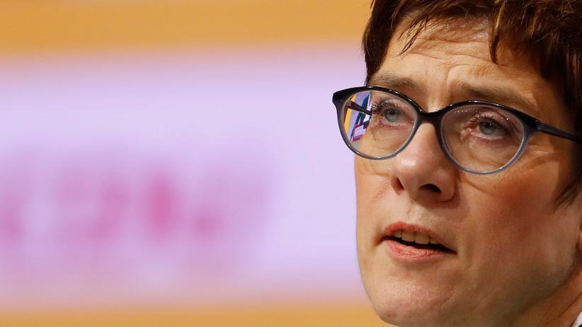 CDU: Annegret Kramp-Karrenbauer plant Gesprächsrunde zur Migrationspolitik