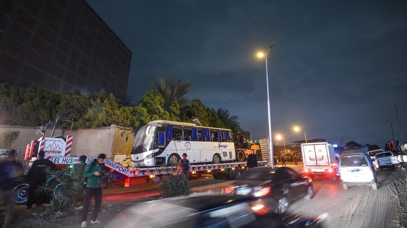 Anschlag auf Touristenbus: Ägyptische Polizei tötet zahlreiche mutmaßliche Terroristen