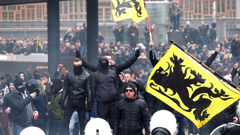 Brüssel: Ausschreitungen bei Demonstration gegen UN-Migrationspakt