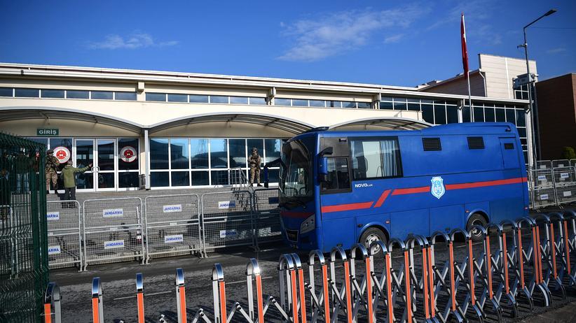 Gülen-Bewegung: Türkischer Geheimdienst soll Foltergefängnisse betreiben