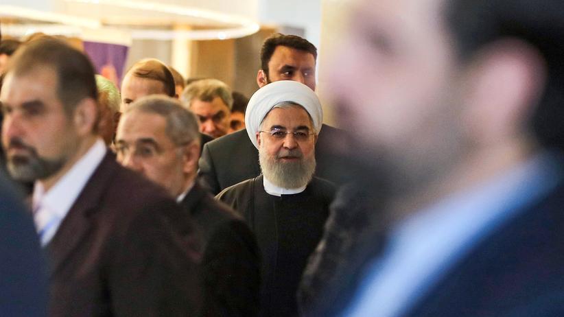 Teheran: Der iranische Präsident Hassan Rohani auf einer Konferenz im Dezember