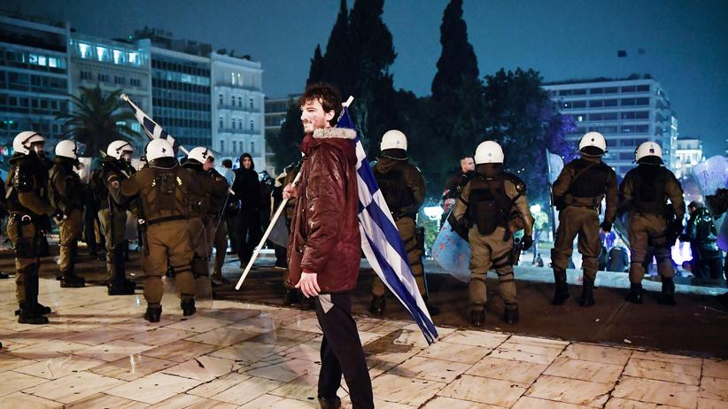 Nordmazedonien: Griechisches Parlament stimmt Namensänderung Mazedoniens zu