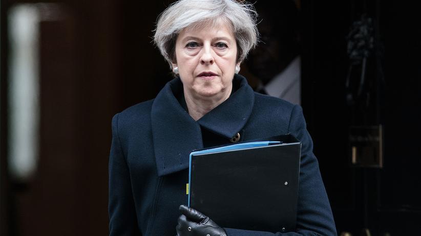 Großbritannien: May hält Verbleib in EU für wahrscheinlicher als ungeordneten Brexit