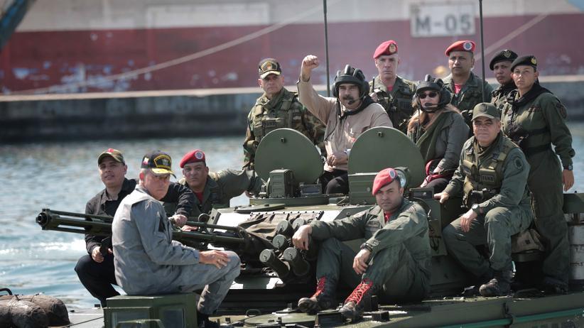Venezuela: Maduro und Guaidó werben um Gunst des Militärs