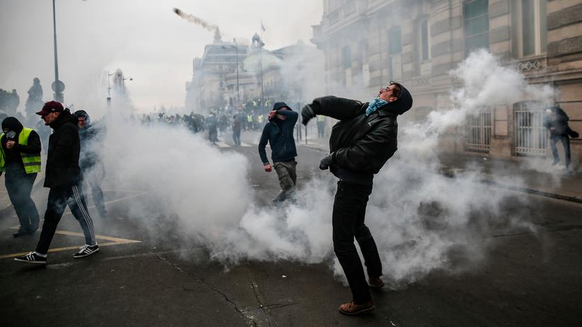 Gelbwesten: Proteste in Paris
