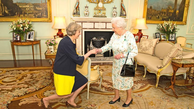 Brexit: Die Queen begrüßt Premierministerin Theresa May (Juli 2016)