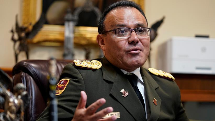 Venezuela: Militärattaché bekennt sich zu Oppositionsführer Guaidó