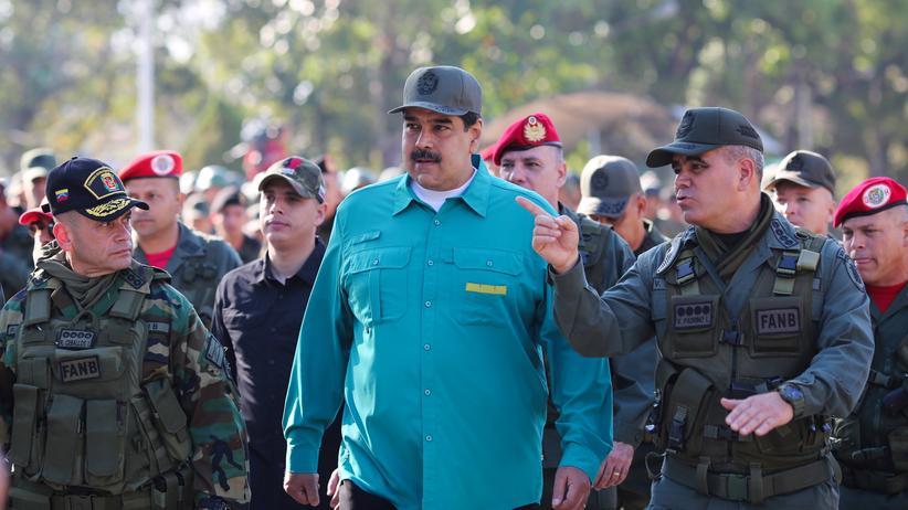 "Vladimir Padrino: ""Wir werden Venezuela gegen jeden Angriff verteidigen"""