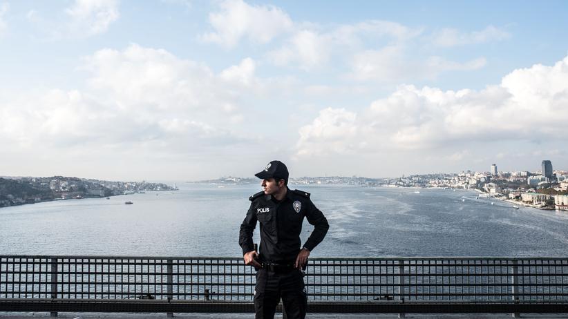 Türkei: Die türkische Polizei nahm den Münchner Adnan Sütcü auf dem Weg nach Ankara fest.