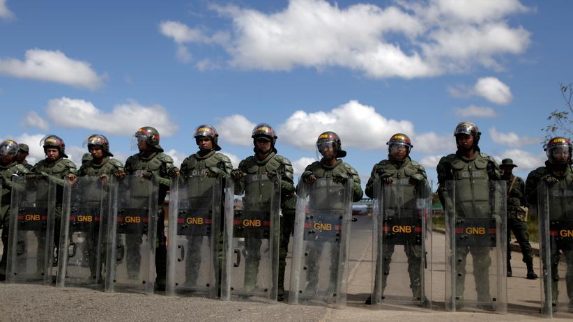 Venezuela: Tote bei Zusammenstößen zwischen Militär und Zivilisten