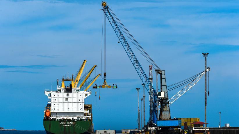Blockade: Venezuela sperrt sämtliche Häfen für auslaufende Schiffe