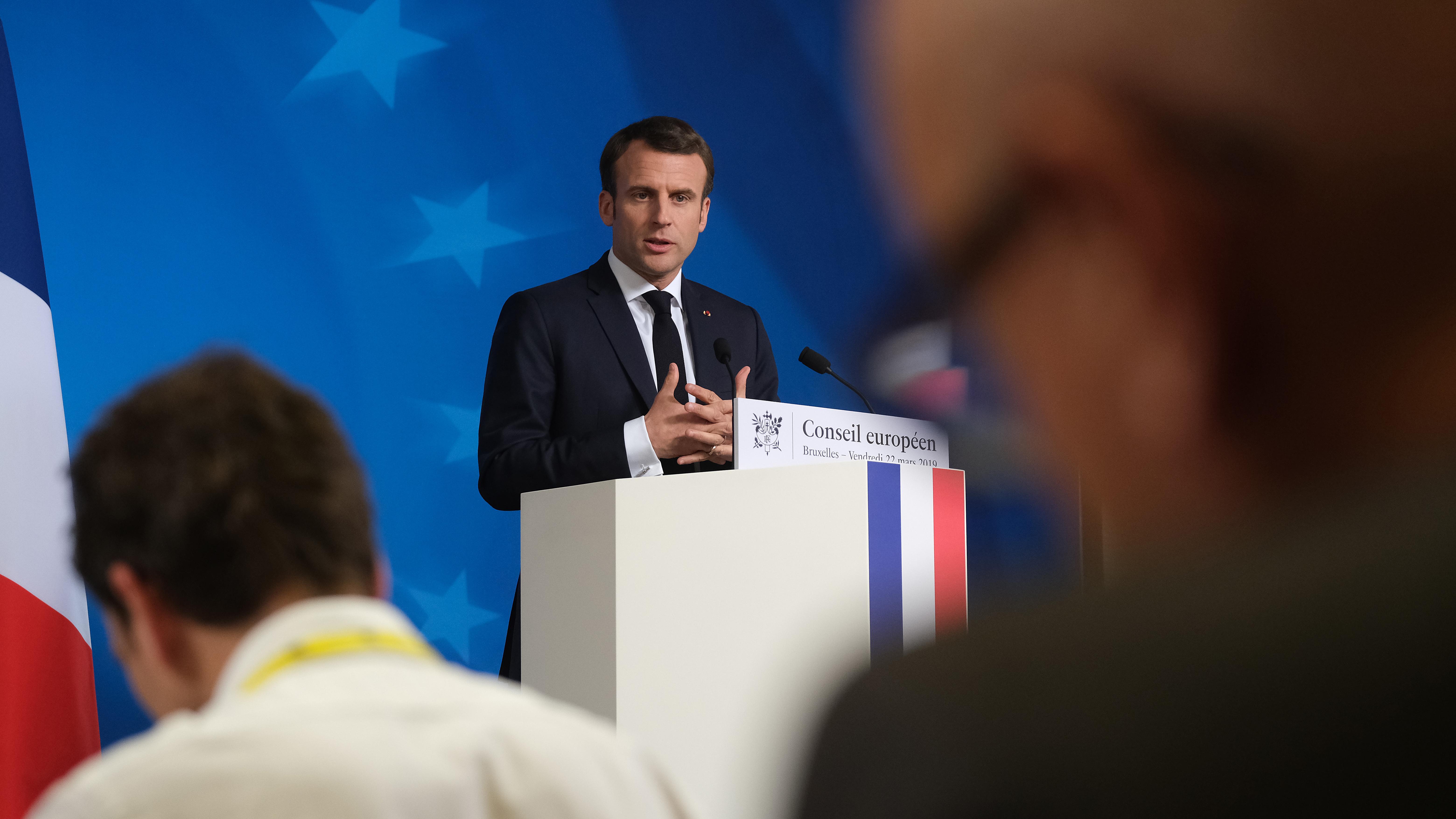 Emmanuel Macron kritisiert Kompromiss mit Fidesz-Partei
