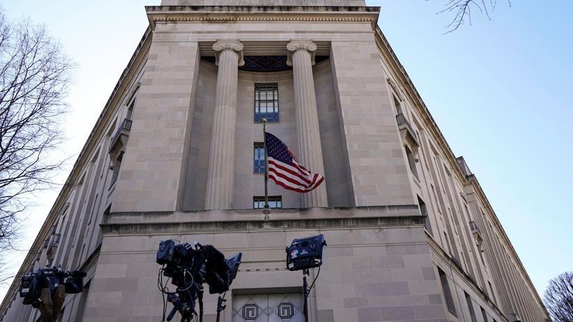 Presseschau zur Russland-Affäre: Knapp zwei Jahre untersuchte Sonderermittler Robert Mueller die russische Beeinflussung des US-Wahlkampfs.