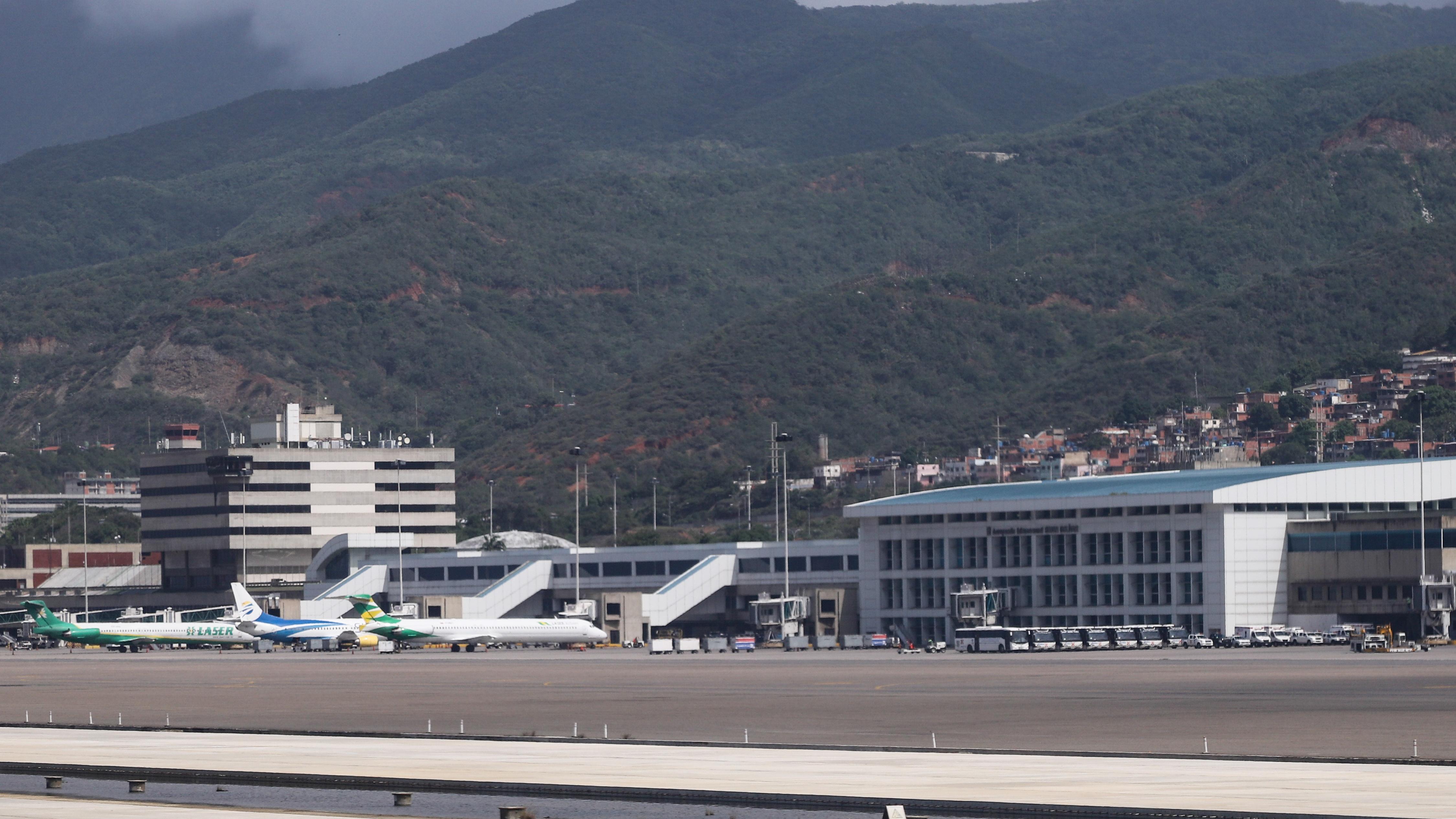 Zwei russische Militärflugzeuge nahe Caracas gelandet