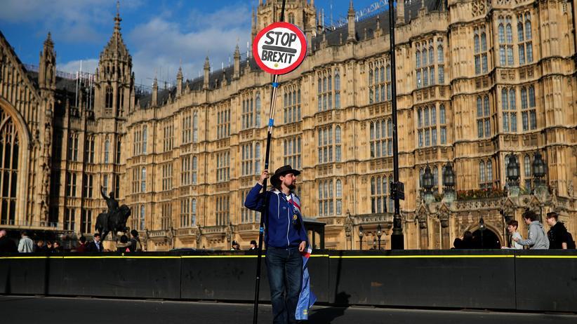 Brexit-Debatte: Unterhaus stimmt über vier Brexit-Alternativvorschläge ab