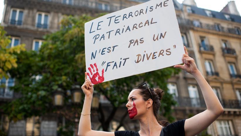 Sexismus : Hunderte Geldbußen wegen sexistischer Beleidigung in Frankreich