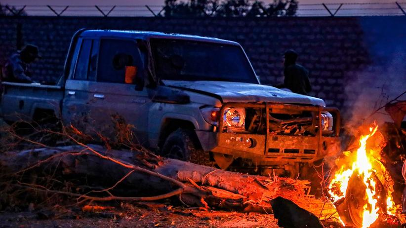 Libyen: Raketen schlagen in Tripolis ein