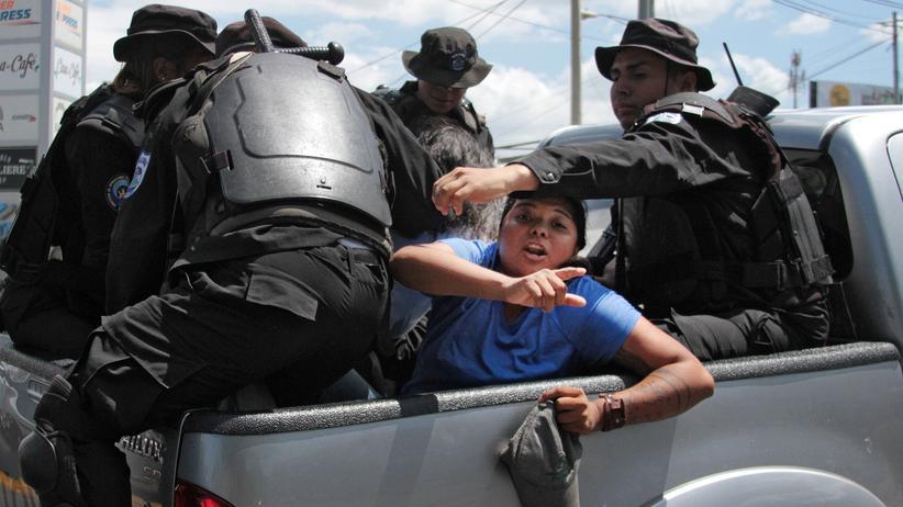 Nicaragua: Erst die Repression, dann der Kollaps