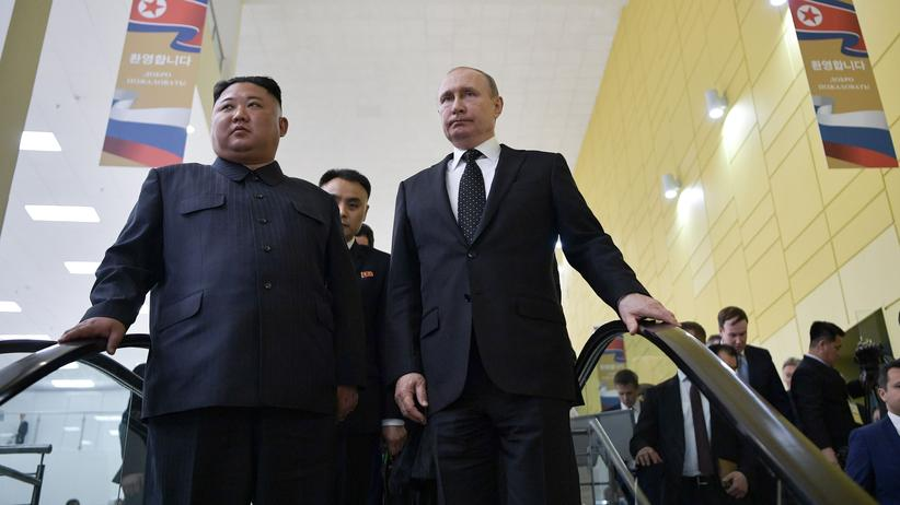 Vladivostok: Russian President Vladimir Putin and North Korean ruler Kim Jong Un in Vladivostok