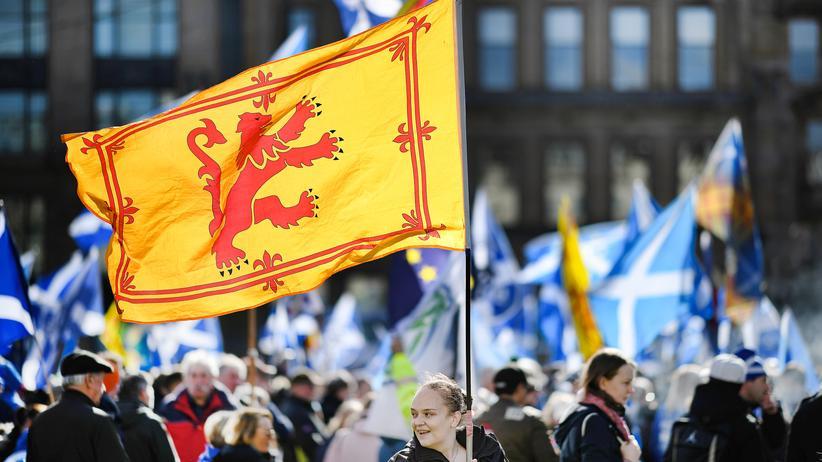 Nicola Sturgeon: Schottland fordert neues Unabhängigkeitsreferendum