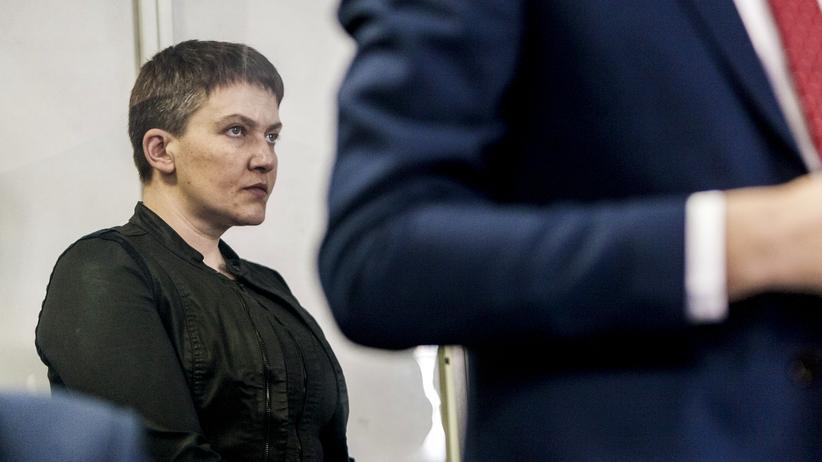 Ukraine: Ex-Pilotin Nadija Sawtschenko aus Untersuchungshaft entlassen