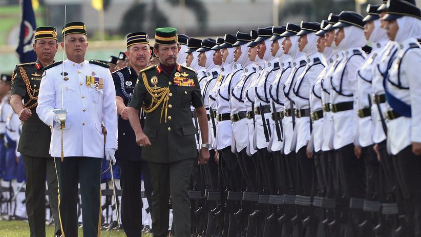 """Homosexuelle in Brunei: """"Sie schreiben: Du wirst zur Hölle fahren"""""""