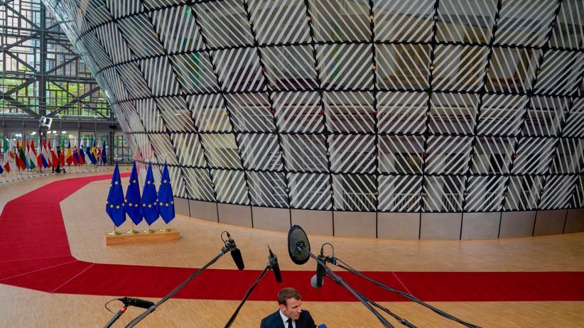 EU-Kommissionspräsident: Merkel und Macron uneinig über EU-Führung