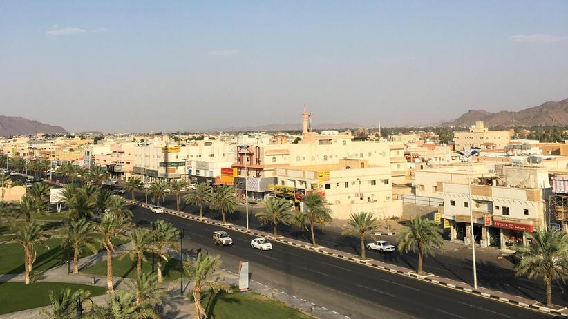 Jemen: Huthi-Rebellen greifen saudischen Flughafen an