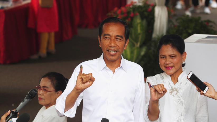 Joko Widodo: Amtsinhaber gewinnt Präsidentschaftswahl in Indonesien
