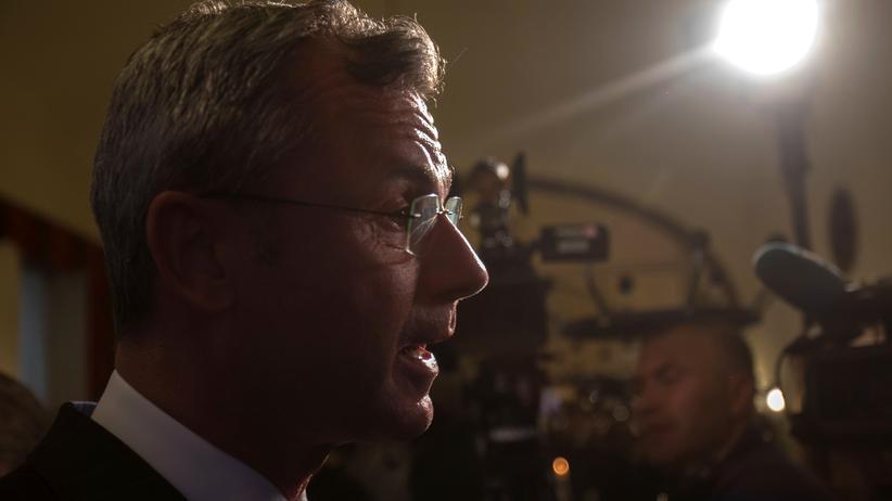 Österreich: Der designierte FPÖ-Chef Norbert Hofer am Abend der Europawahl