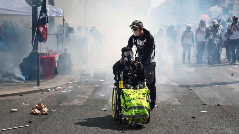 Gelbwesten: Krawalle bei Maikundgebungen in Paris