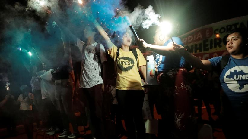 Brasilien: Zehntausende demonstrieren gegen Kürzungen im Bildungsbereich