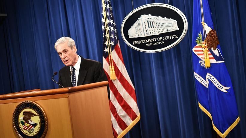 """Robert Mueller: """"Meine Aussage ist in meinem Bericht"""": Sonderermittler Robert Mueller spricht auf einer Pressekonferenz im Justizministerium."""