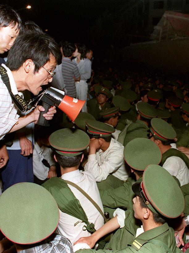 Tiananmen-Massaker: Am Ende kamen Panzer