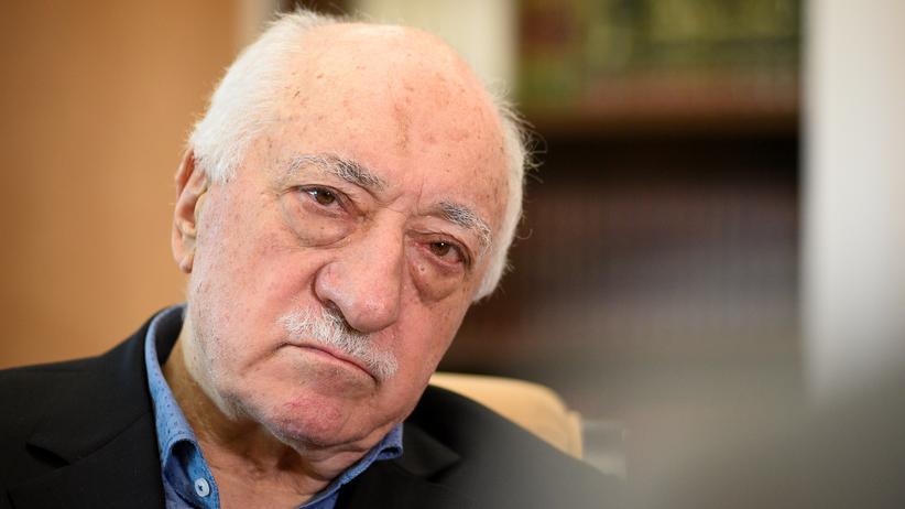 Türkei: Regierung stellt Hunderte Haftbefehle gegen Gülen-Anhänger aus