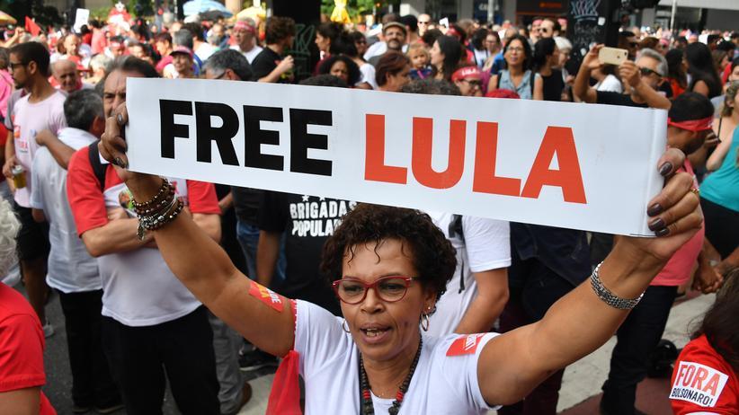 Brasilien: Unterstützer des ehemaligen Präsidenten Luiz Inácio Lula da Silva in São Paulo