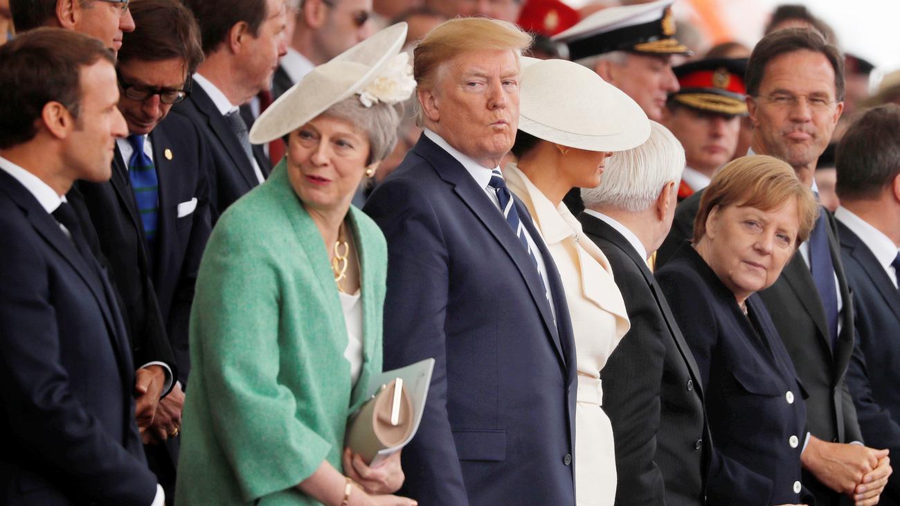 Gedenkfeier zum D-Day: Angela Merkel trifft Donald Trump für ein paar Minuten