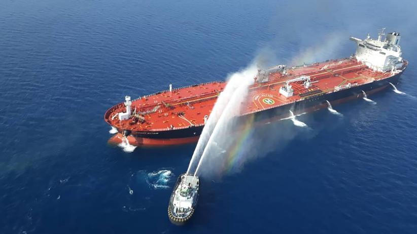 """Golf von Oman: Der Öltanker """"Front Altair"""" am 13. Juni im Golf von Oman."""