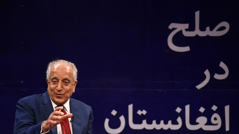 Afghanistan: Der US-Sondergesandte für Afghanistan Zalmay Khalilzad bei einer Veranstaltung im April